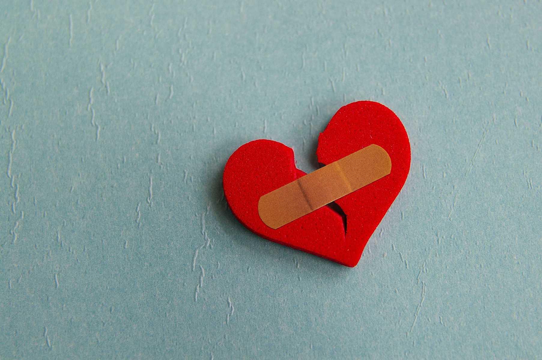Broken-Red-Heart