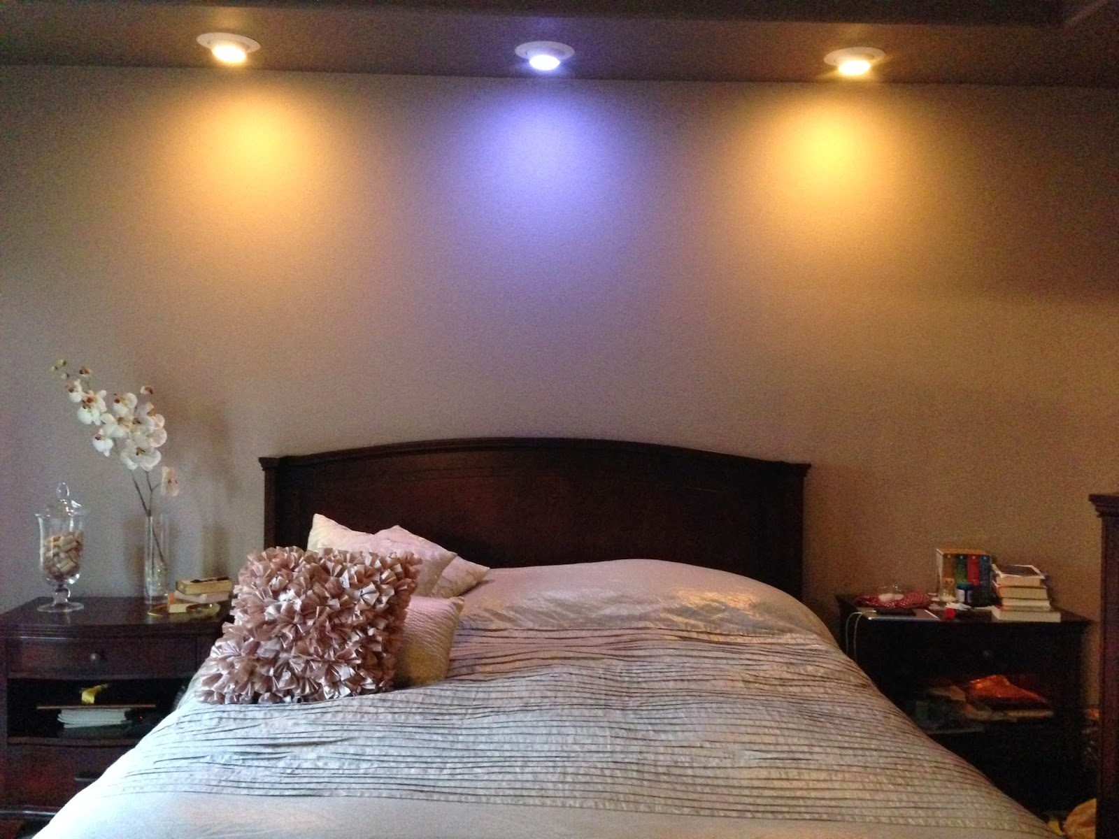 & Let there be lights: Loving the Hue personal wireless lighting system