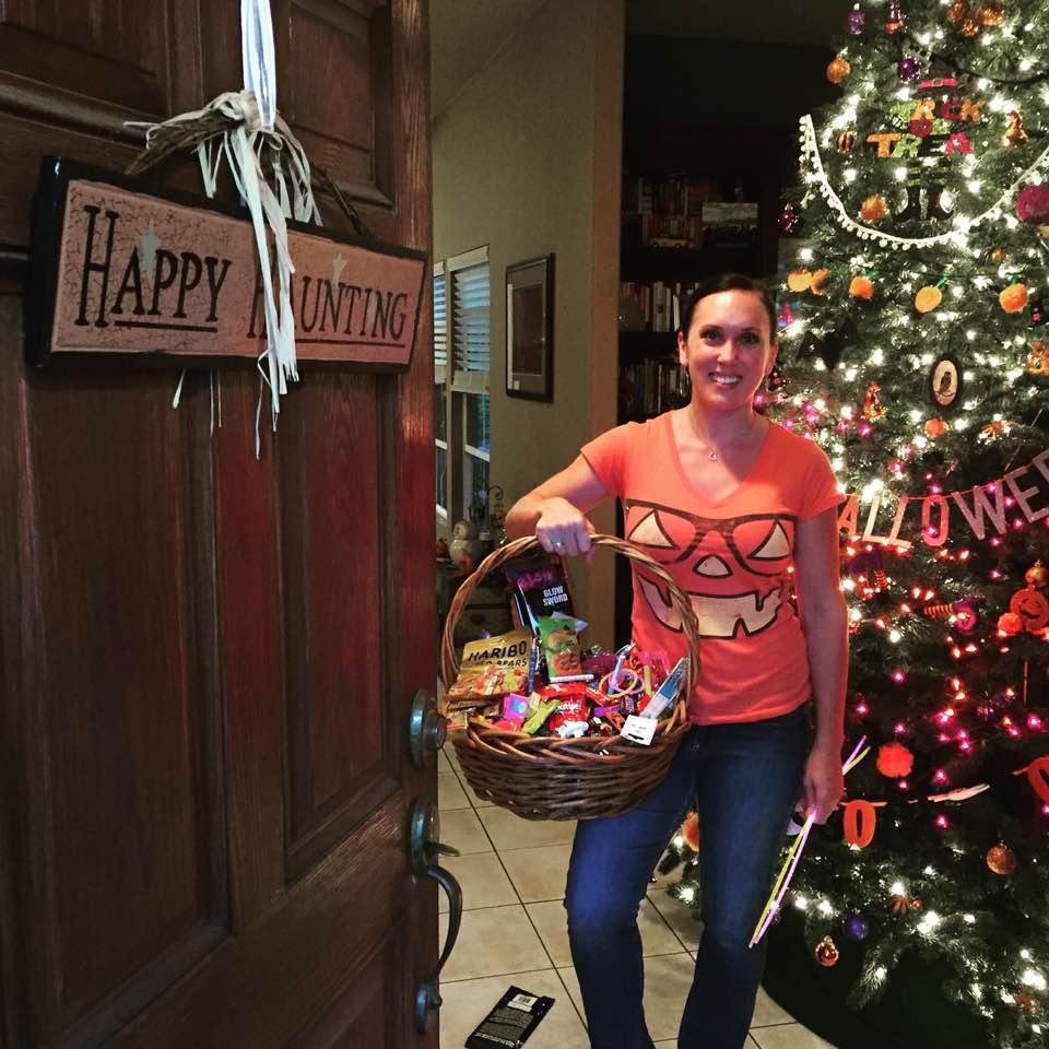 Shawna and the Halloween tree