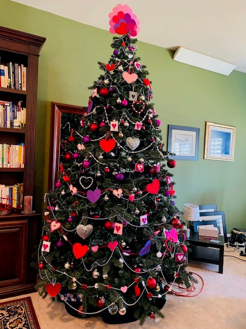 Valentine's themed Christmas tree.