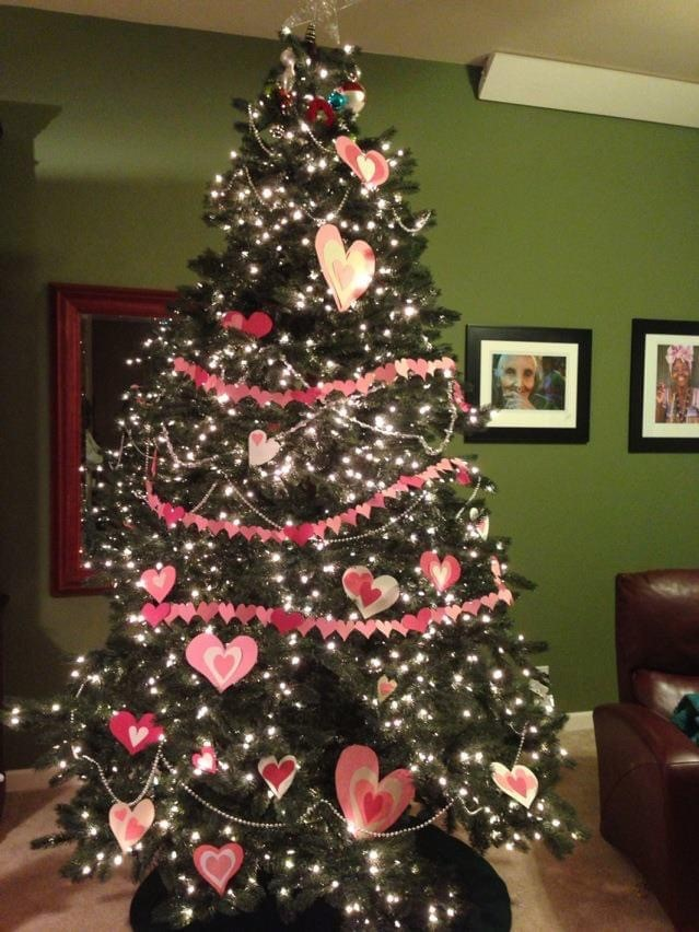 Valentine's tree with paper hearts